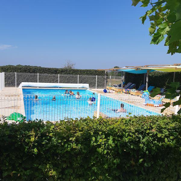 vacances-camping-piscine-00