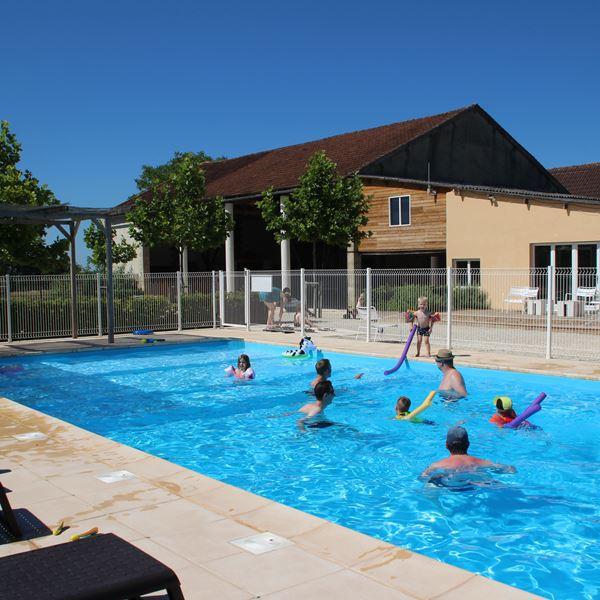 vacances-camping-piscine-01