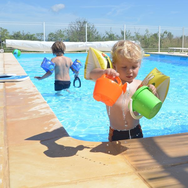 vacances-camping-piscine-05