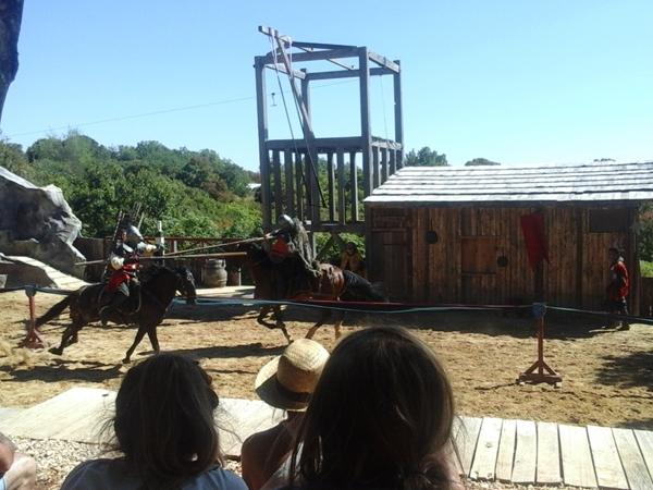 rocamadour-vacance-camping-durandal_paardenspektakel_600x450