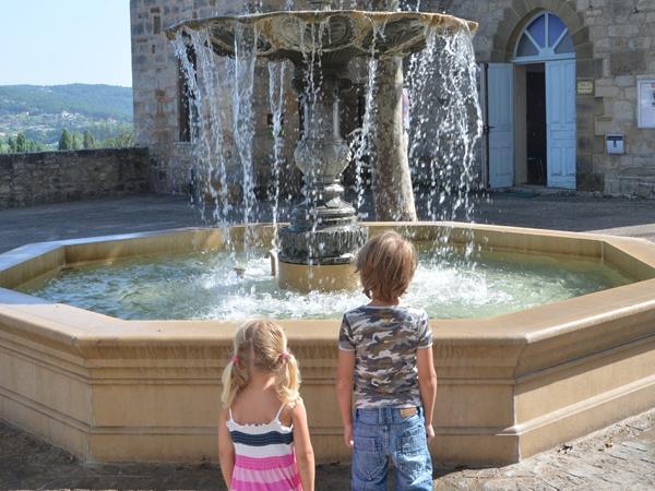 terrasson-vacance-camping-fonteinen_600x450