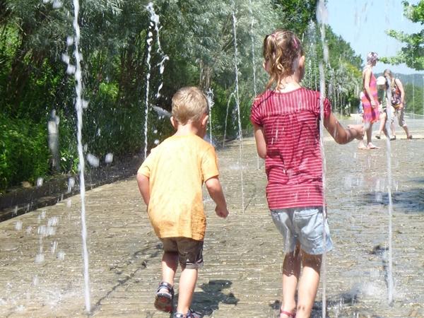 terrasson-vacance-camping-jardin-dimaginaire_600x450