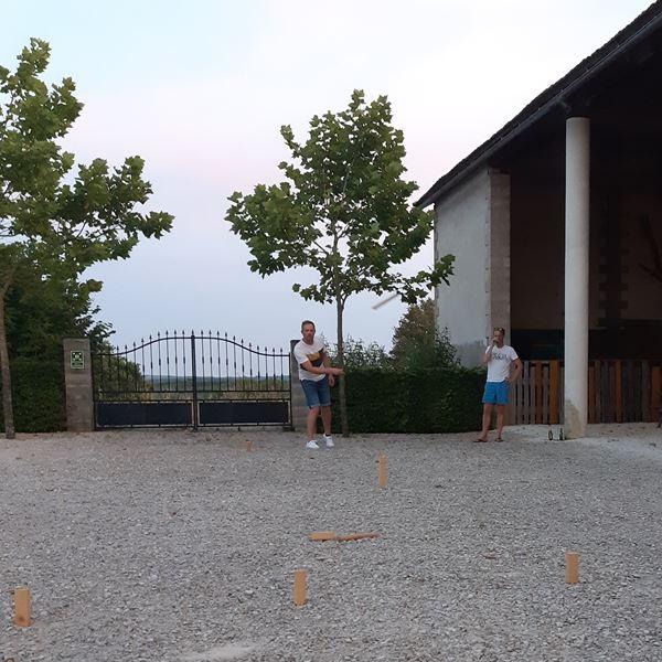 Jeux camping Place de la Famille